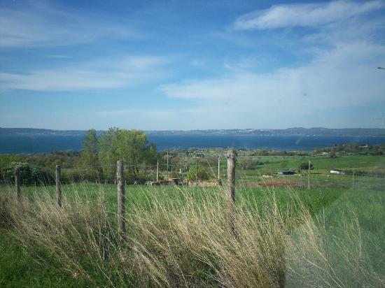 Monte dell'Olmo: vista sul lago