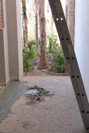 Hotel Riu Palace Tikida Agadir : passons sou l'échelle pour accéder à la chambre