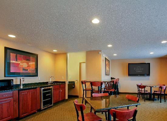 Fairfield Inn & Suites by Marriott Detroit Livonia: Hospitality Room-Available for rent for groups and small meetings