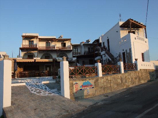 Hotel Castillio : The Hotel