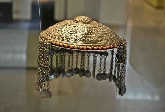 พิพิธภัณฑ์ศิลปะอิสลาม: crown