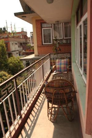 Hotel Tashi Dhele: Our balcony