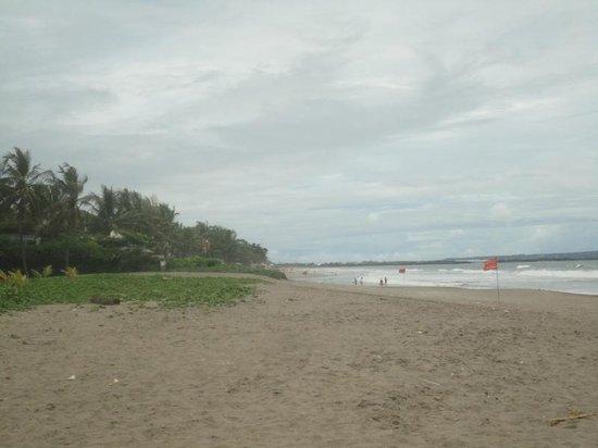 Petitenget Beach: Pantai Petitenget