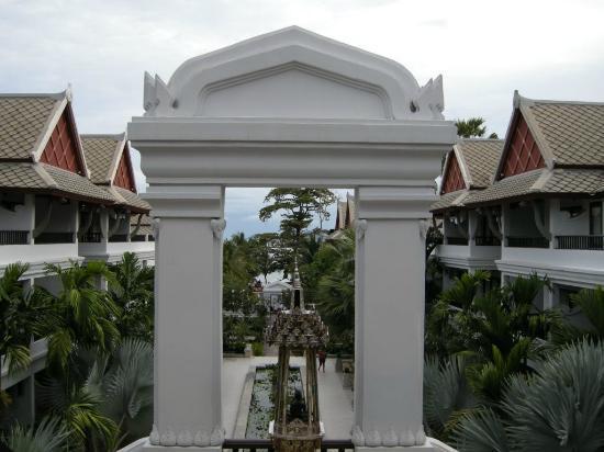 Novotel Samui Resort Chaweng Beach Kandaburi: Ingresso nelle piscine