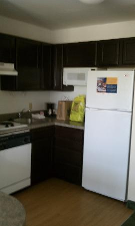 Extended Stay America - Columbia - Northwest/Harbison: KITCHEN