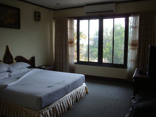 Lane Xang Hotel: camera