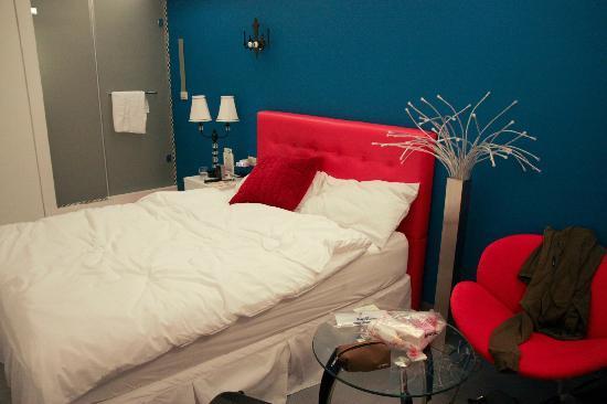 Good 9 Stay Inn: bedroom
