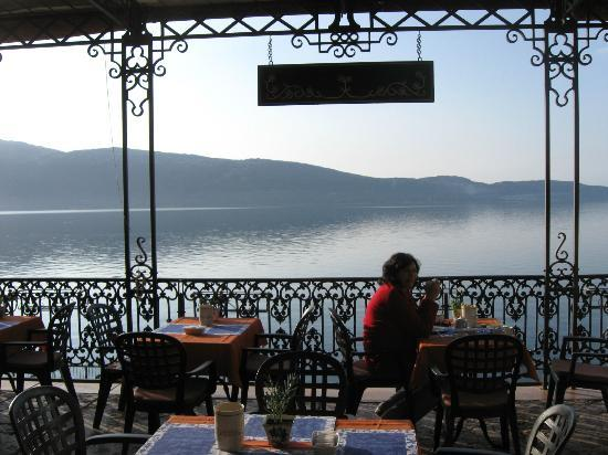 Hotel Garni Riviera: The terrace