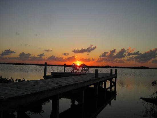 Cocotal Inn & Cabanas: sunset from the lagoon dock