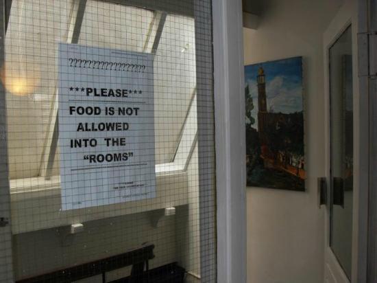 """Hotel Manofa: Anscheinend bezeichnen die Inhaber selbst die Zimmer mit """""""""""