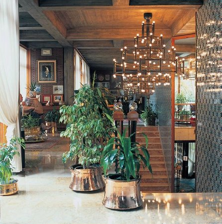 Beyti Restaurant: A refined decoration example at Beyti's