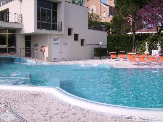 Hotel Eliseo Terme: relax in piscina!