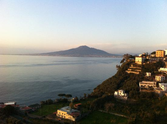 Grand Hotel Angiolieri : The view of Mount Vesuvius from my room