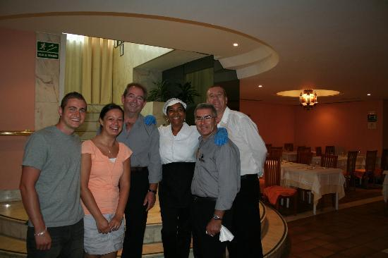 Hotel Palmasol: with the restaurant staff..thanks to everyone