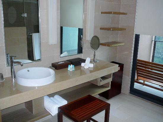 Fleur de Chine Hotel Sun Moon Lake: Bathroom