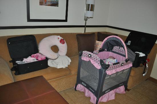 Hyatt Place Mystic: Room for a crib
