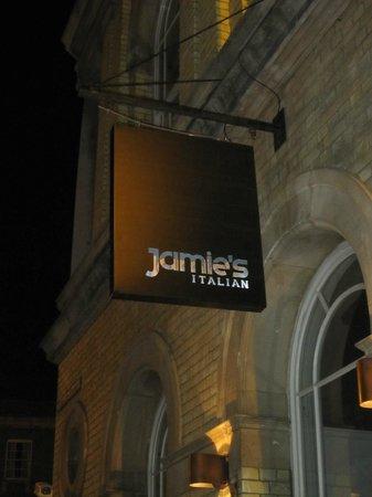 Jamie's Italian: Sign marks the spot