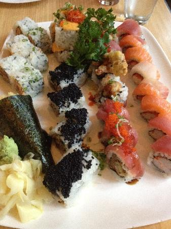 Douzo: Special Rolls and a Hand Roll