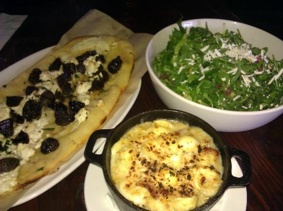 UNION Kitchen & Tap: Fig Flatbread, Watermelon Salad & Bacon Mac n' Cheese