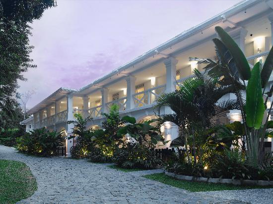 Amara Sanctuary Resort Sentosa: Larkhill Terrace Suites