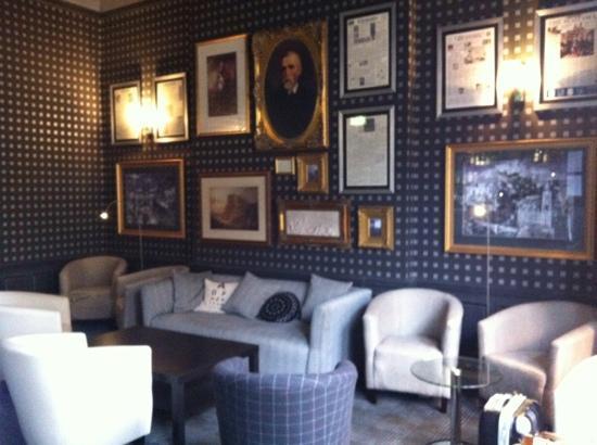B+B Edinburgh: Lounge