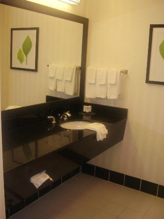 Fairfield Inn & Suites Muskogee: bagno