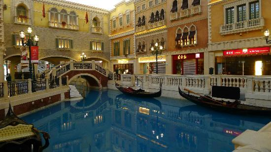 The Grand Canal Shoppes: The Grand Canal at the Venetian