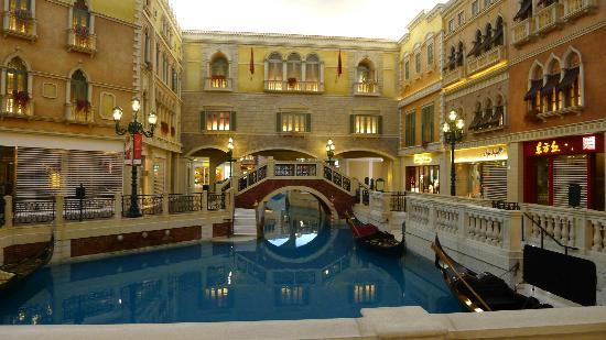 The Grand Canal Shoppes: The Grand Canal @ Venetian(3)