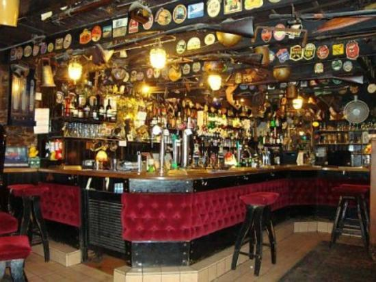 Dog Friendly Pubs And Restaurants Cornwall
