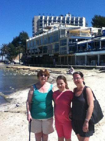 Intertur Hotel Hawaii Mallorca & Suites: mum rebekah and Margaret outside hotel