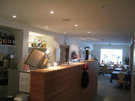 Gasthaus & Hotel Berninahaus: Bar im Gästebereich