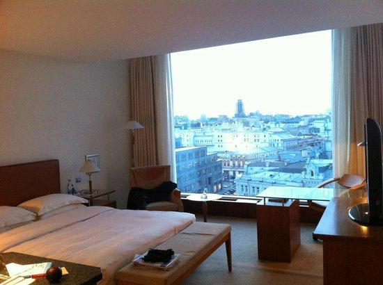 Ararat Park Hyatt Moscow: Chambre - 9ème étage