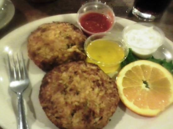 Penrose Diner: Signature Crabcake Platter with Vegtables on the side