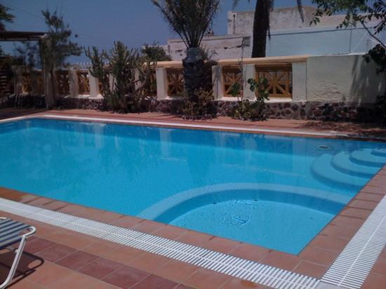 Merovigla Apartments: lovely pool
