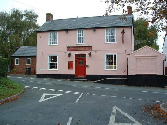 The Brook Inn: Front on view