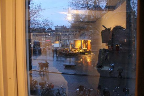 Inn old Amsterdam: the view from our room