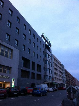 Hotel Olympia: Main 2