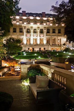 Palacio Duhau - Park Hyatt Buenos Aires / Garden b