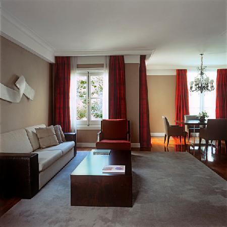 Palacio Duhau - Park Hyatt Buenos Aires: Suite Boudoir / Livingroom