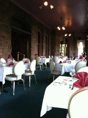 Edgar's Restaurant at Belhurst Castle