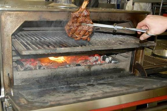 The Johnstown Inn : Our Fabulous Charcoal Grill