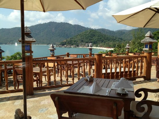 Santhiya Koh Phangan Resort & Spa: Breakfast/Dining area