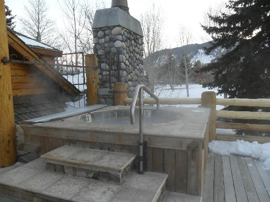 Rusty Parrot Lodge and Spa : Hot tub on deck (2nd floor)  Awesome!