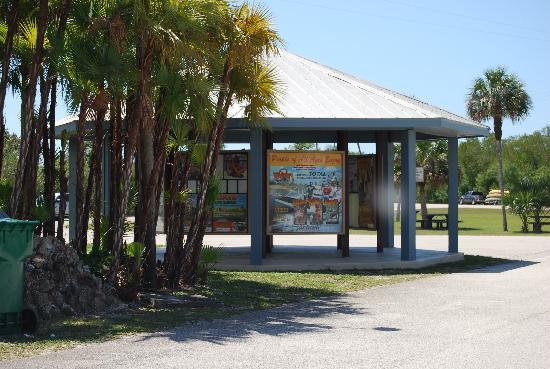 Everglades Area Chamber Of Commerce Welcome Center: Kiosk