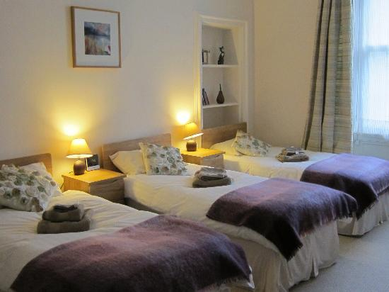 McCraes B&B: Family room (up to 4 beds & cot)