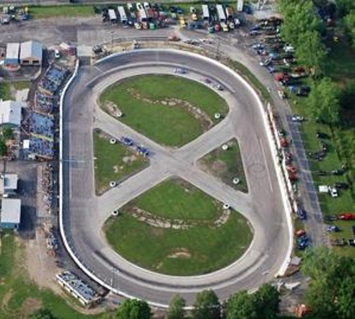 Painesville, Οχάιο: Northeast Ohio's only NASCAR-sanctioned racetrack
