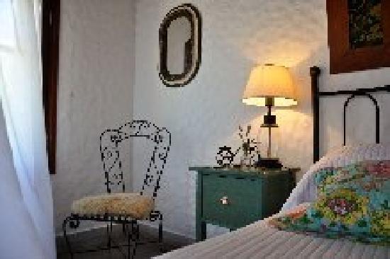 Casa Los Jazmines: Romance...