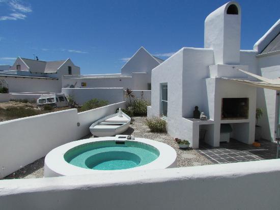 Salt Coast Fine Foods and Inn: the little splash pool, perfect for a little sundower