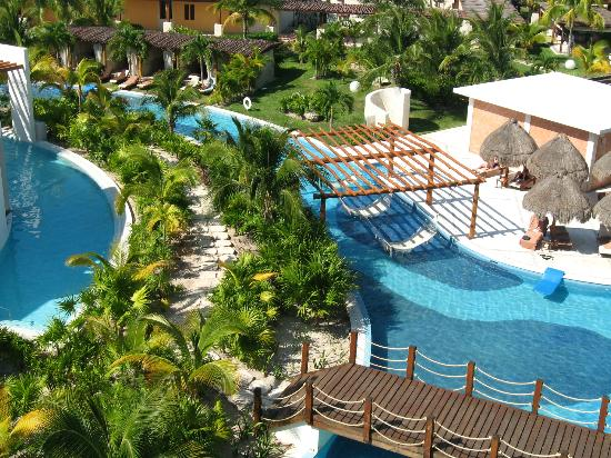 Excellence Playa Mujeres: View of grounds from our room.