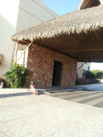Taheima Wellness Resort & Spa: Entrance to Main Lobby